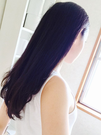 毛髪の長い女性の画像