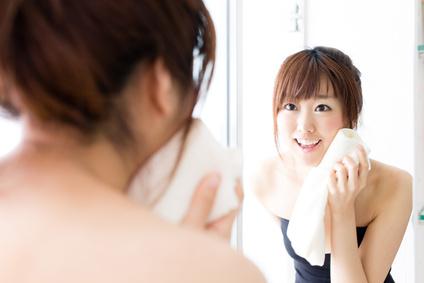 洗顔時の肌状態のチェックの画像