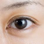 目の下のたるみができる原因とは?3つの原因と解消方法