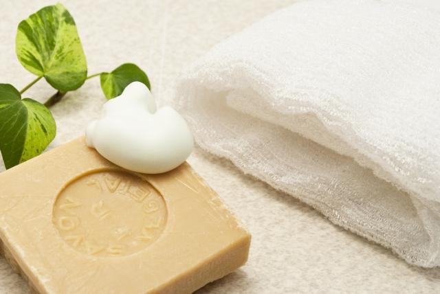 石鹸とタオルの画像