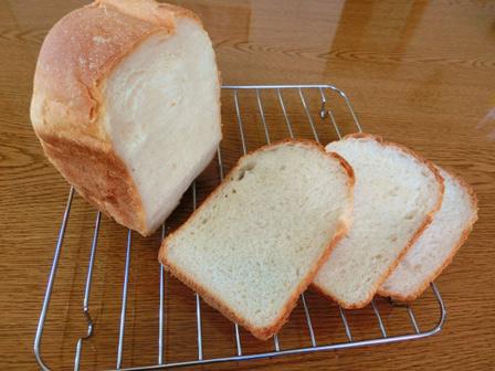 こんにゃく粉食パンの画像