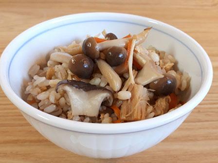 しらたききのこご飯の画像