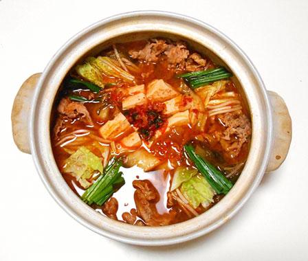 キムチ鍋の画像