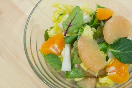 グレープフルーツのサラダの画像