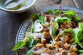 ナッツグリーンサラダの画像