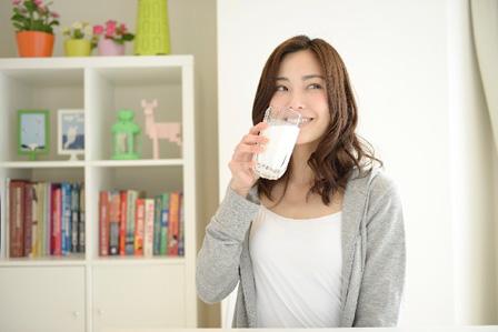 牛乳の画像