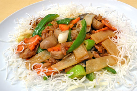 肉と野菜の炒め物の画像