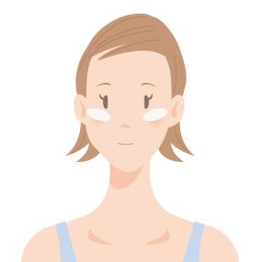 頬骨の高い位置にチークの画像