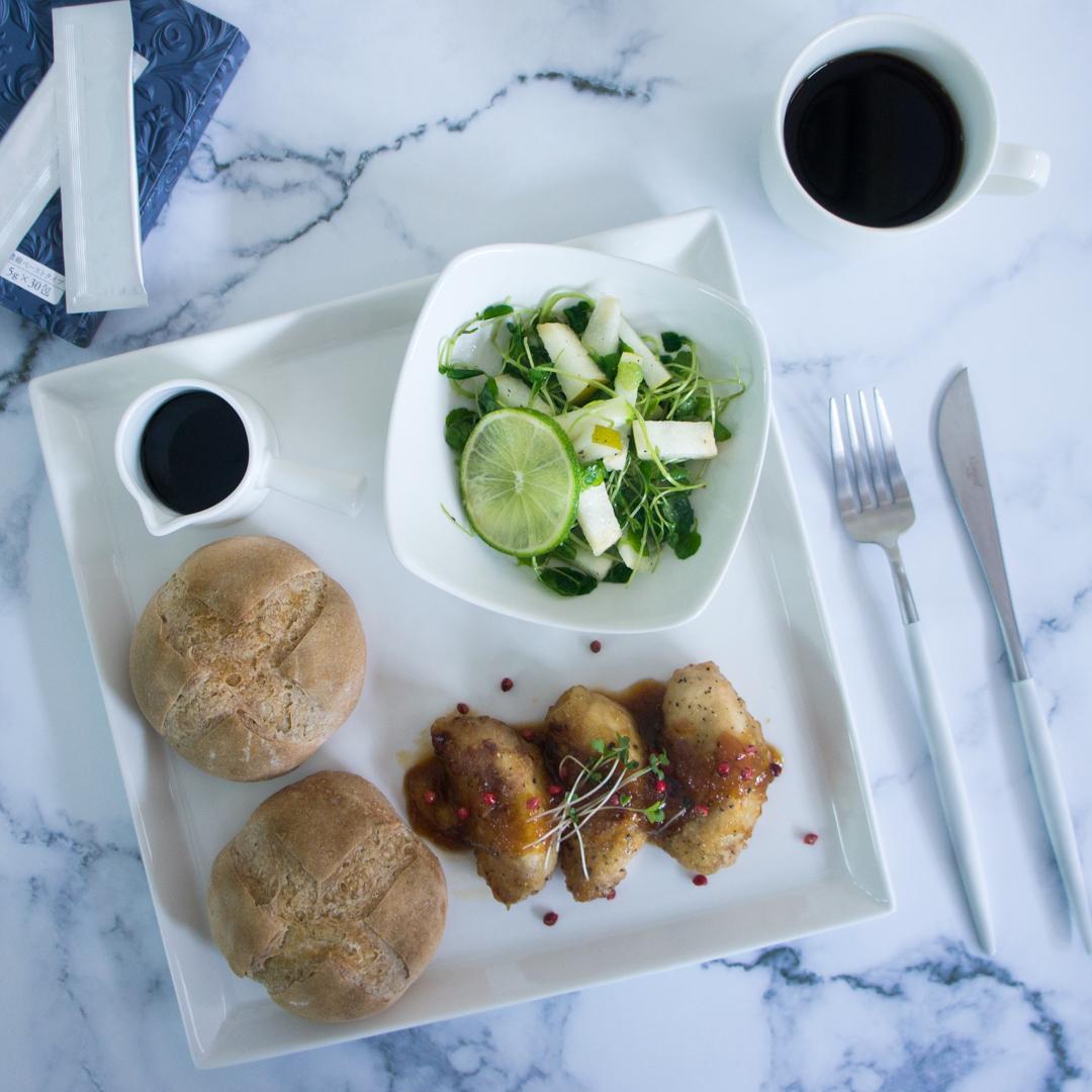 梨の肉巻きと梨とクレソンのサラダの画像